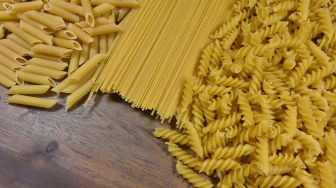 Penne Rigate, Spaghetti und Fusilli - richtig gekocht echte Pasta-Spezialitäten.