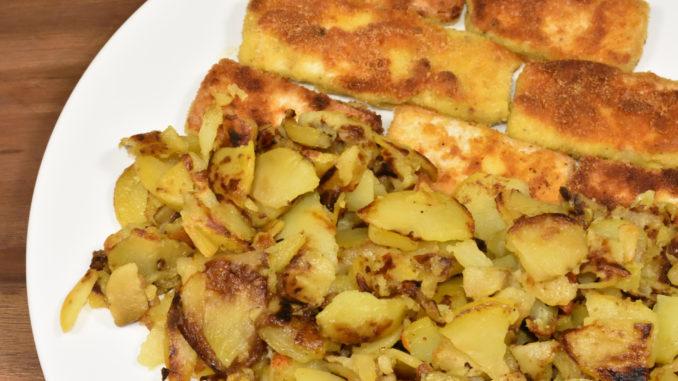 So schmeckt Tofu - paniert mit Kartoffelflocken und leckerer Beilage.