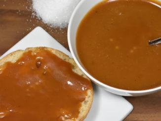 Da möchte man am liebsten sofort reinbeißen... Brötchen mit Karamell-Creme !