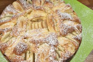 Esst mehr Obst! Und wer dazu keine Lust hat, nimmt sich am besten ein Stück Kuchen... :-)