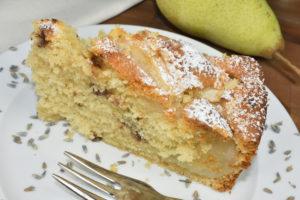 Psst... Birnen sind ein echter Geheimtipp für jeden Obstkuchen (naja, jetzt nicht mehr...).
