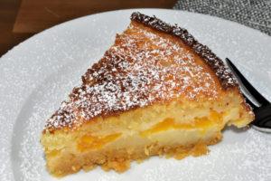 Der Mini-Käsekuchen mit fruchtigen Mandarinen schmeckt so gut, da darf's auch mal ein größeres Stück sein. :-)