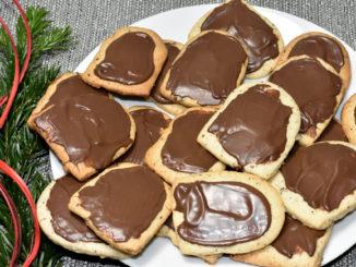 Sehen aus wie Butterbrote, heißen auch so, aber schmecken viel süßer ! :-)