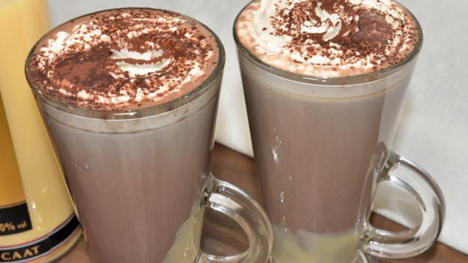 Für kalte Wintertage genau das richtige Getränk zum Aufwärmen - eine heiße Oma !