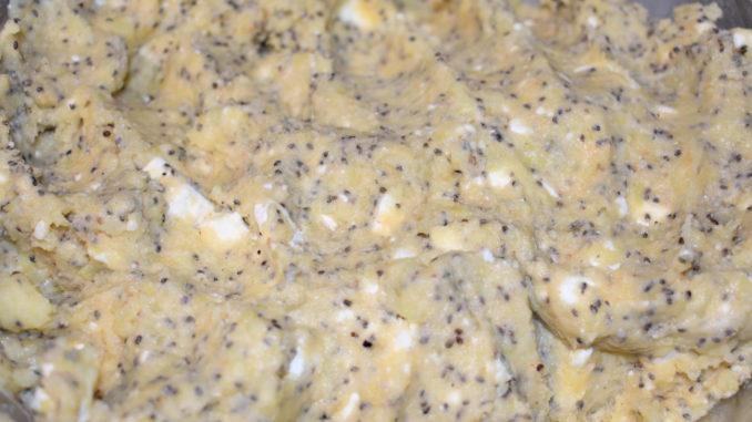 Teig für Chia-Feta-Kartoffeltaler