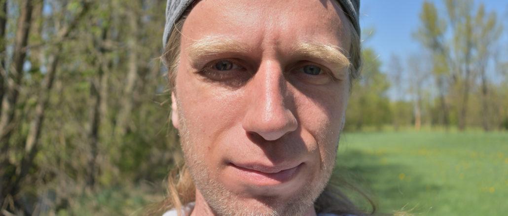 Hallo, ich bin Tobias Eichner alias Veggie Tobi. Ich zeige Dir, wie einfach und lecker die vegetarische Küche sein kann! :-)